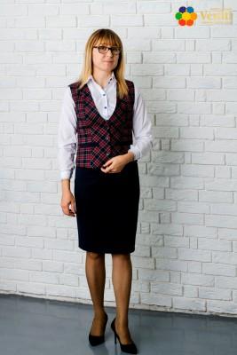 Форма для учителя (Юбка, прямая, темно-синяя + белая рубашка с вышивкой на рукаве и воротник + клетчатый жилет)