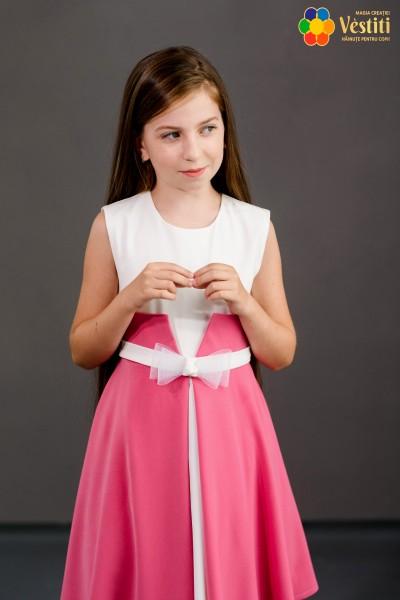 Rochie pink cu fundiță